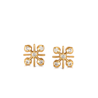 The Forevermark Traditional Setting 22 KT Earring